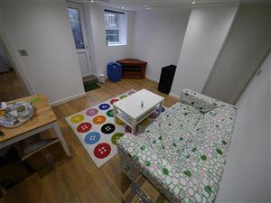 3 bedroom Flat to rent in Leeds
