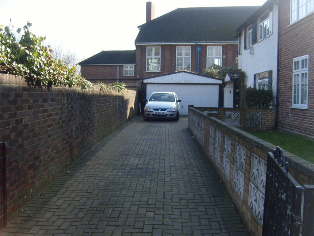 Silkstream Road, Edgware