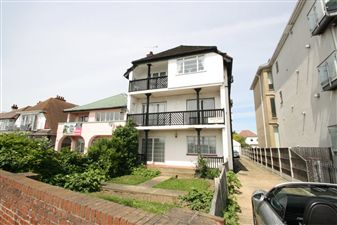Property image of home to let in Garage, Westcliff On Sea