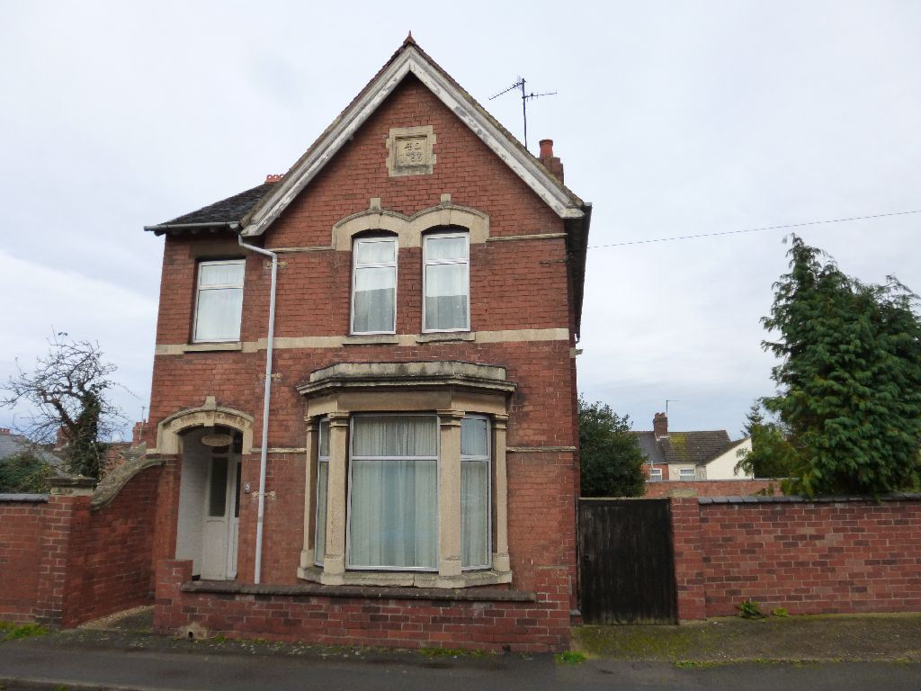 Moor Road, Rushden, Northamptonshire, NN...