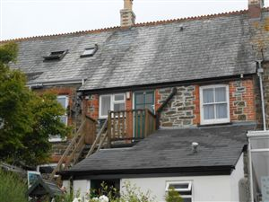 Property image of home to let in Fernleigh Road, Wadebridge