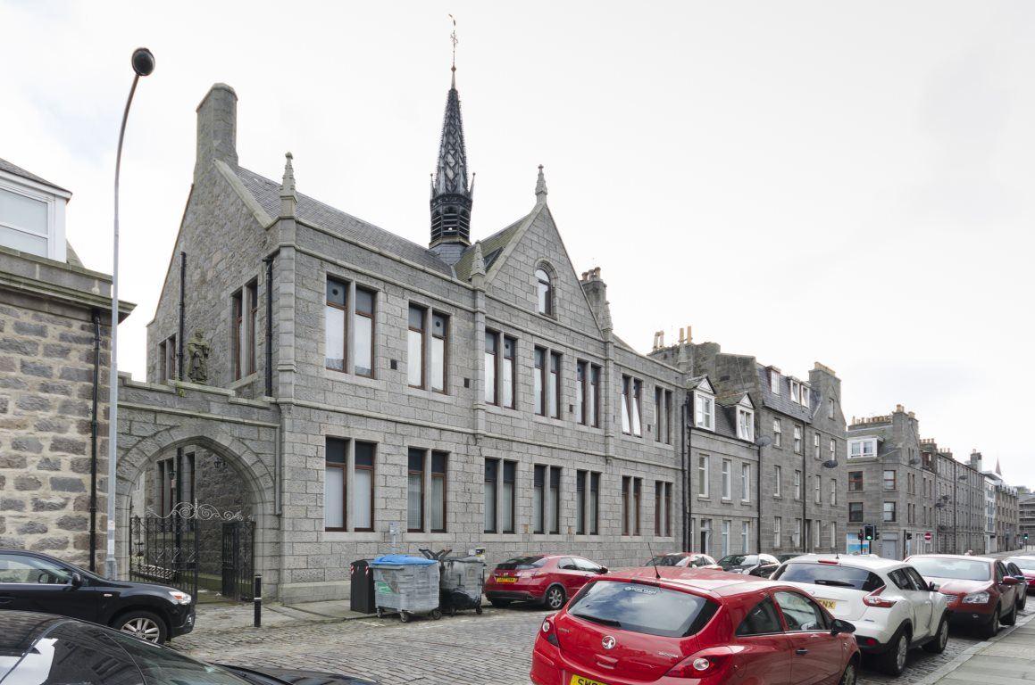 Charlotte Street, Aberdeen, AB2