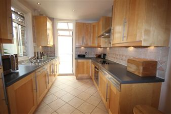 Property image of home to let in Tharp Road, Wallington