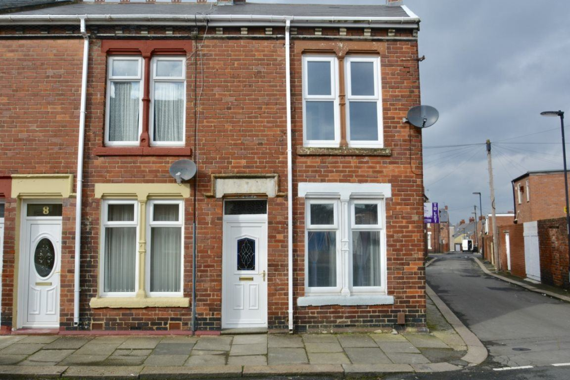 Clifton Aevnue, Wallsend, NE28