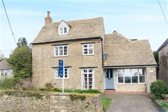 Property in Ladywell Cottage, Wilcote Lane, Ramsden