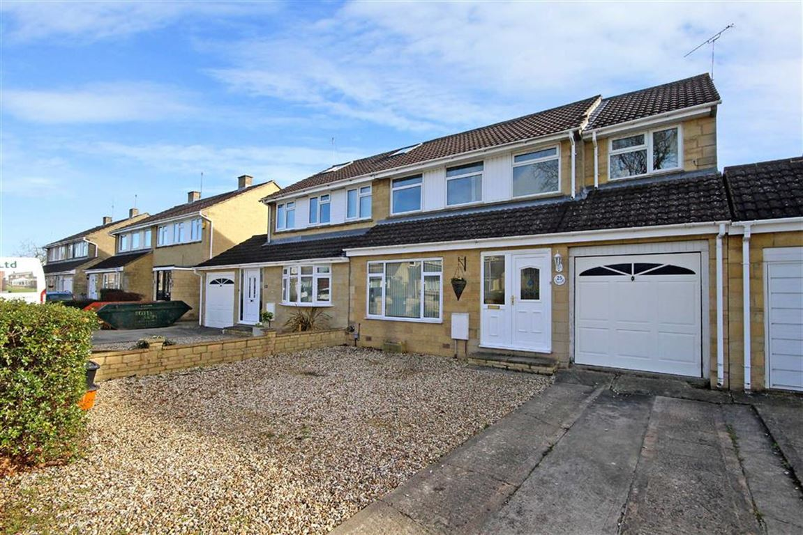 4 Bedrooms Semi Detached House for sale in Purbeck Close, Swindon, Wiltshire