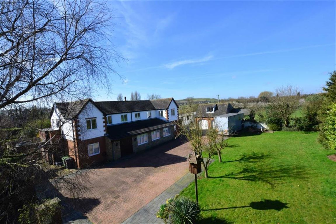 5 Bedrooms Property for sale in Templar Close, Whitley, Goole, DN14