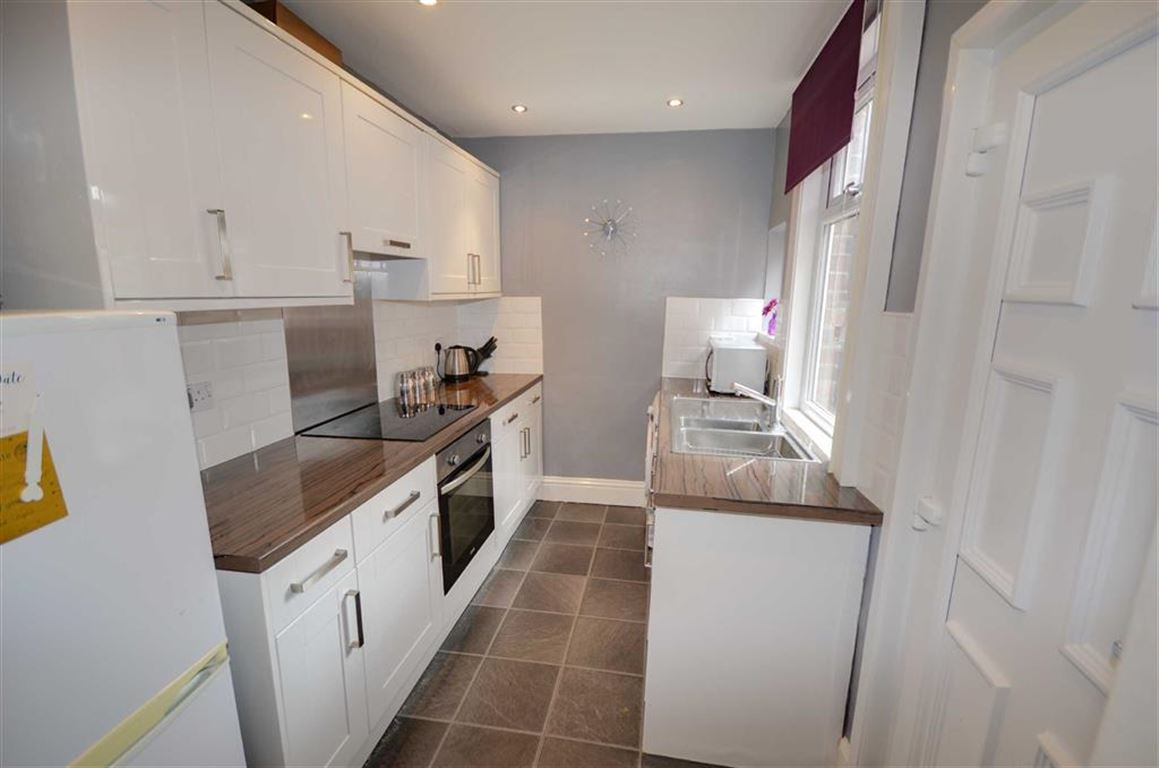 2 Bedrooms Property for sale in George Street, Selby, YO8
