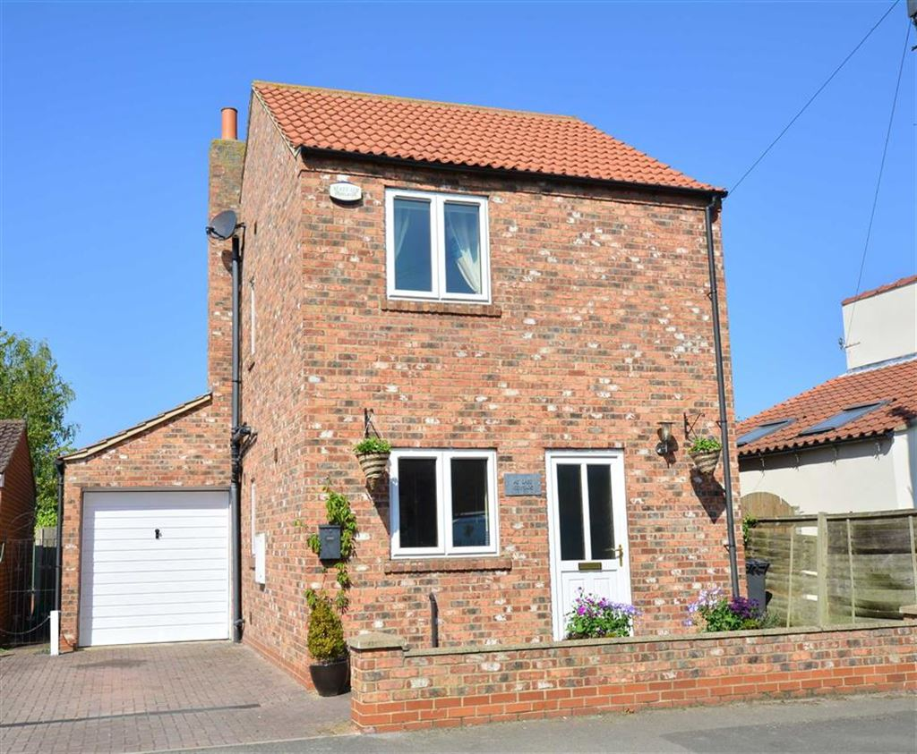 3 Bedrooms Property for sale in Moor End, Kelfield, York, YO19