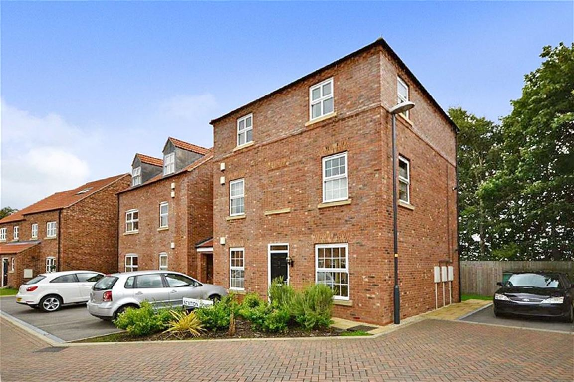 1 Bedroom Property for sale in Station Court, Station Rise, Riccall, YO19