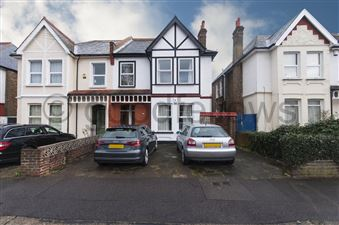 Property image of home to let in Onslow Gardens, Wallington