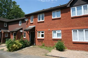 Property in Dukes Close, Petersfield