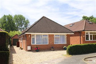 Property in Petersfield, Hampshire
