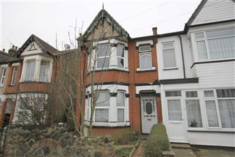 Property image of home to let in Claremont Road, Westciff On Sea