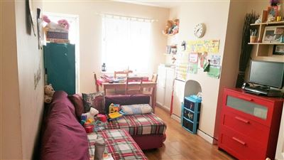 Property in Penshurst Road, London, N17