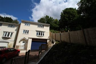 Property in Carlton Close, Plymouth