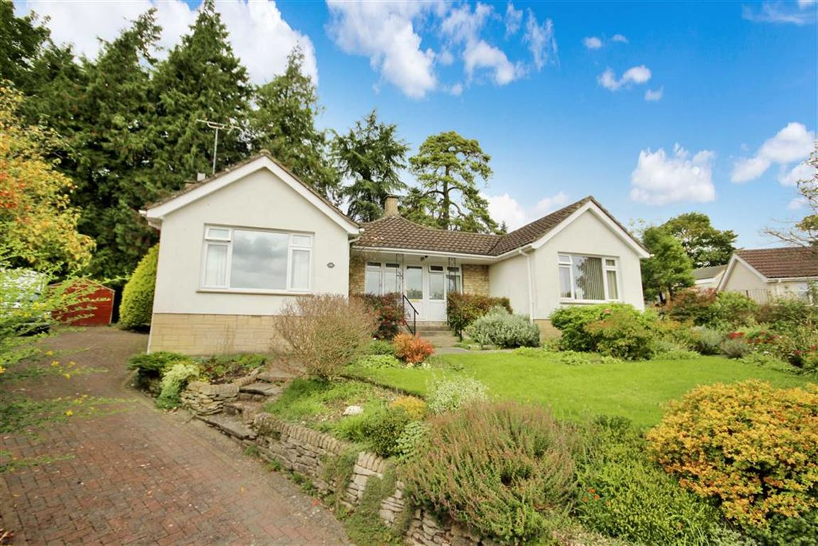 2 Bedrooms Detached Bungalow for sale in Honeyhill, Royal Wootton Bassett, Wiltshire