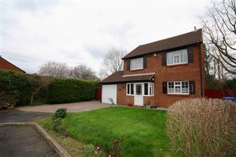 Property in Goldsworth Park, Surrey