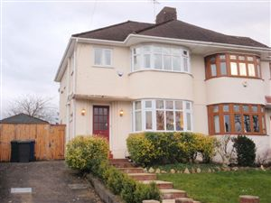 Property in Southgate, London, N14