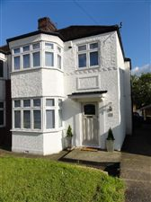 Property in Winchmore Hill, London, N21
