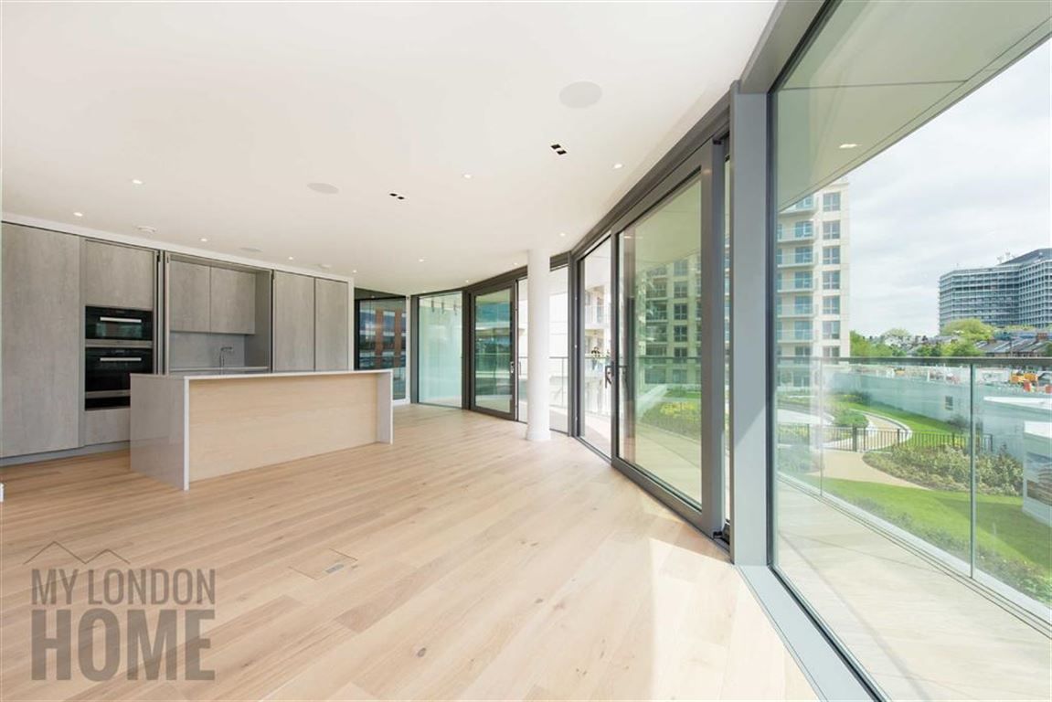 2 Bedrooms Property for sale in Goldhurst House, London, London, W6