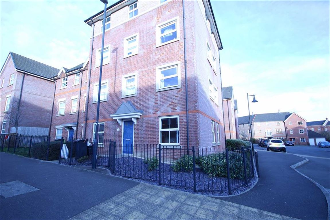 2 Bedrooms Apartment Flat for sale in Marbeck Close, Redhouse, Wiltshire