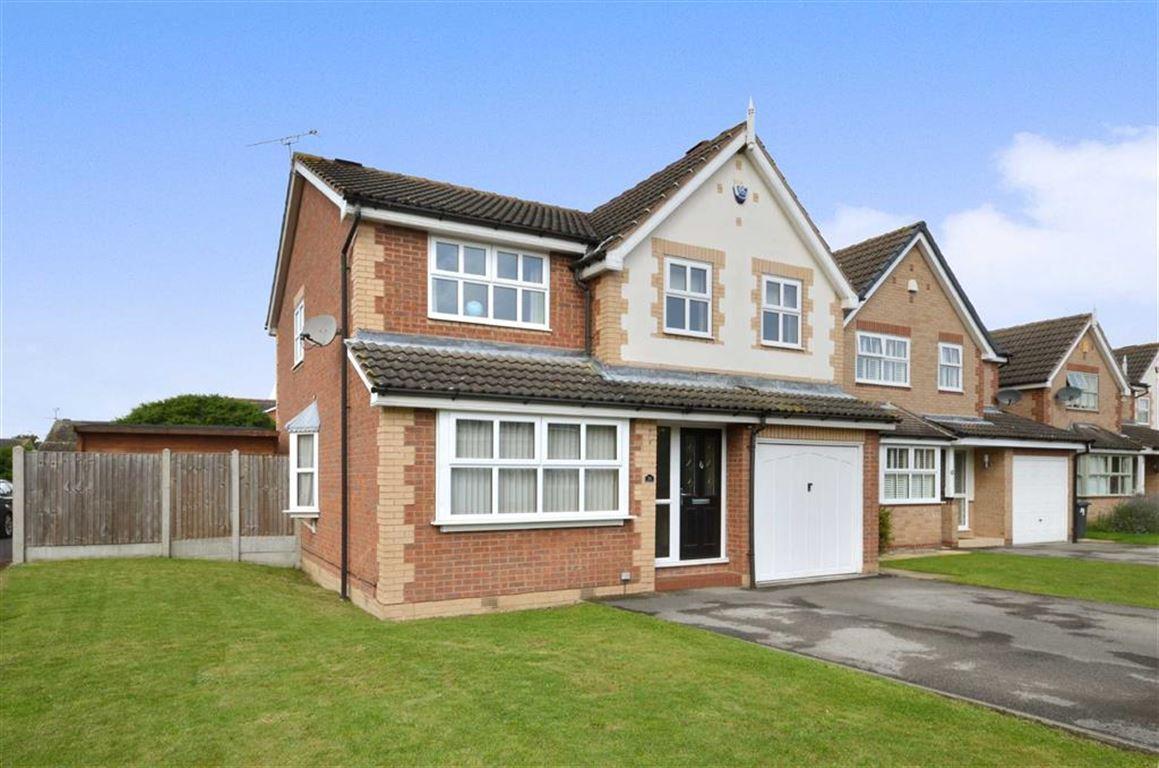 4 Bedrooms Property for sale in Pasture Avenue, Sherburn In Elmet, Leeds, LS25