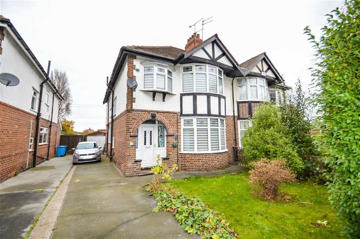 4 Bedrooms Semi Detached House for sale in Anlaby Road, Hull