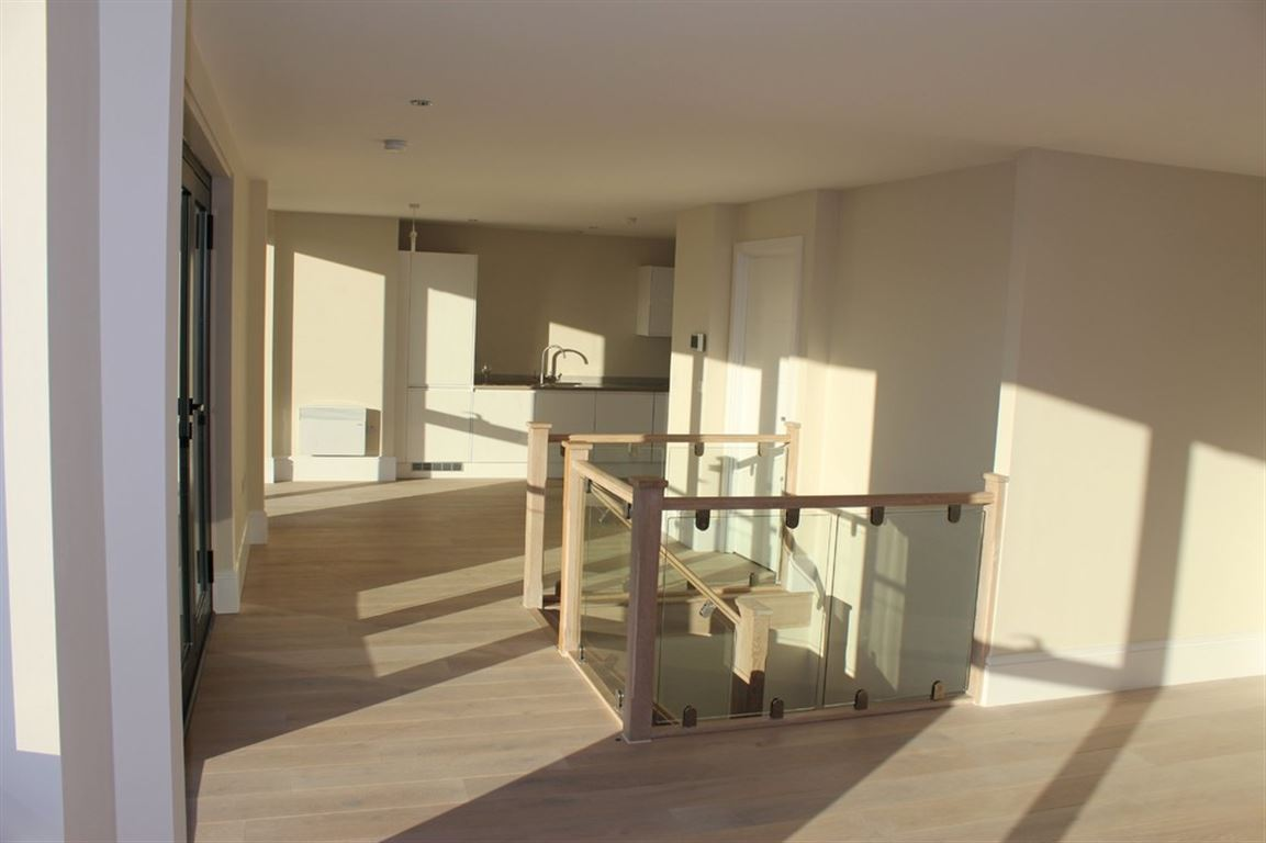 Trafford Road, Salford Quays - 2 Bed - Apartment