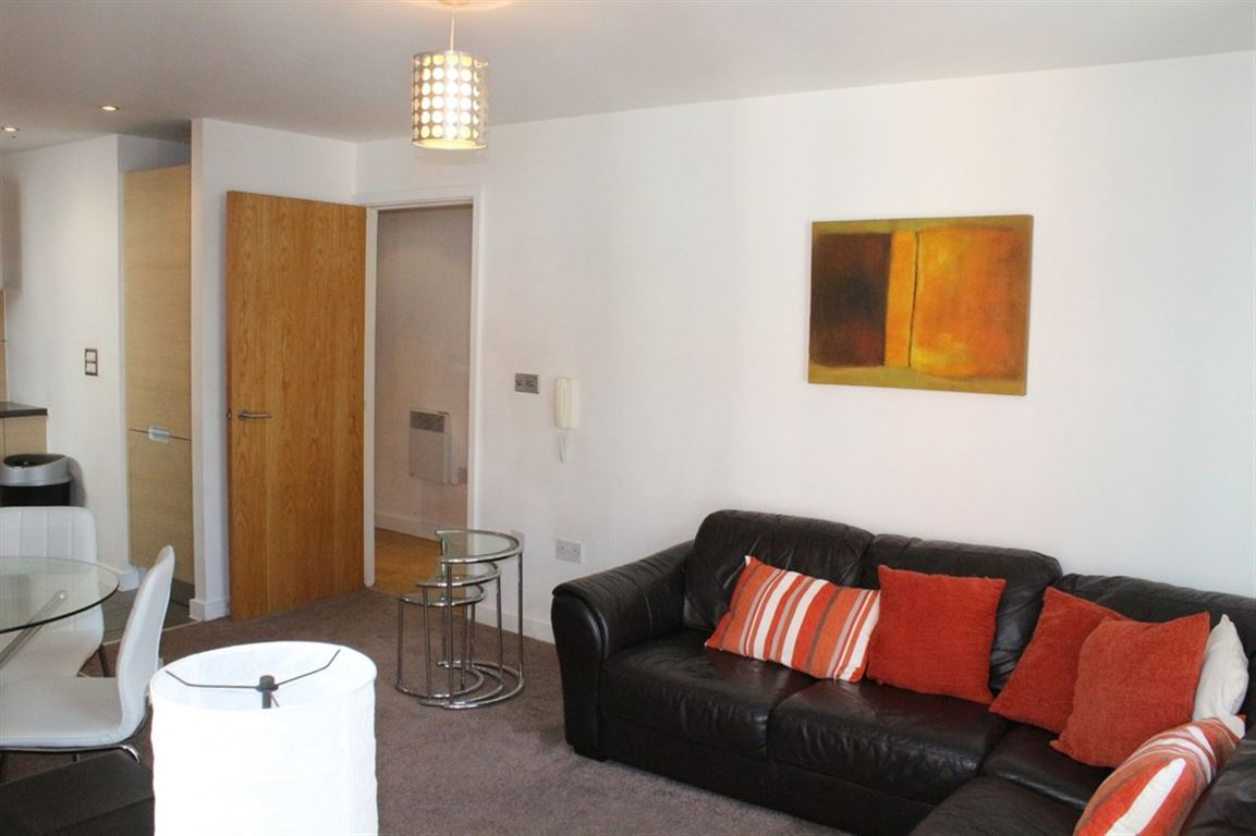 Masson Place, Green Quarter - 2 Bed - Apartment