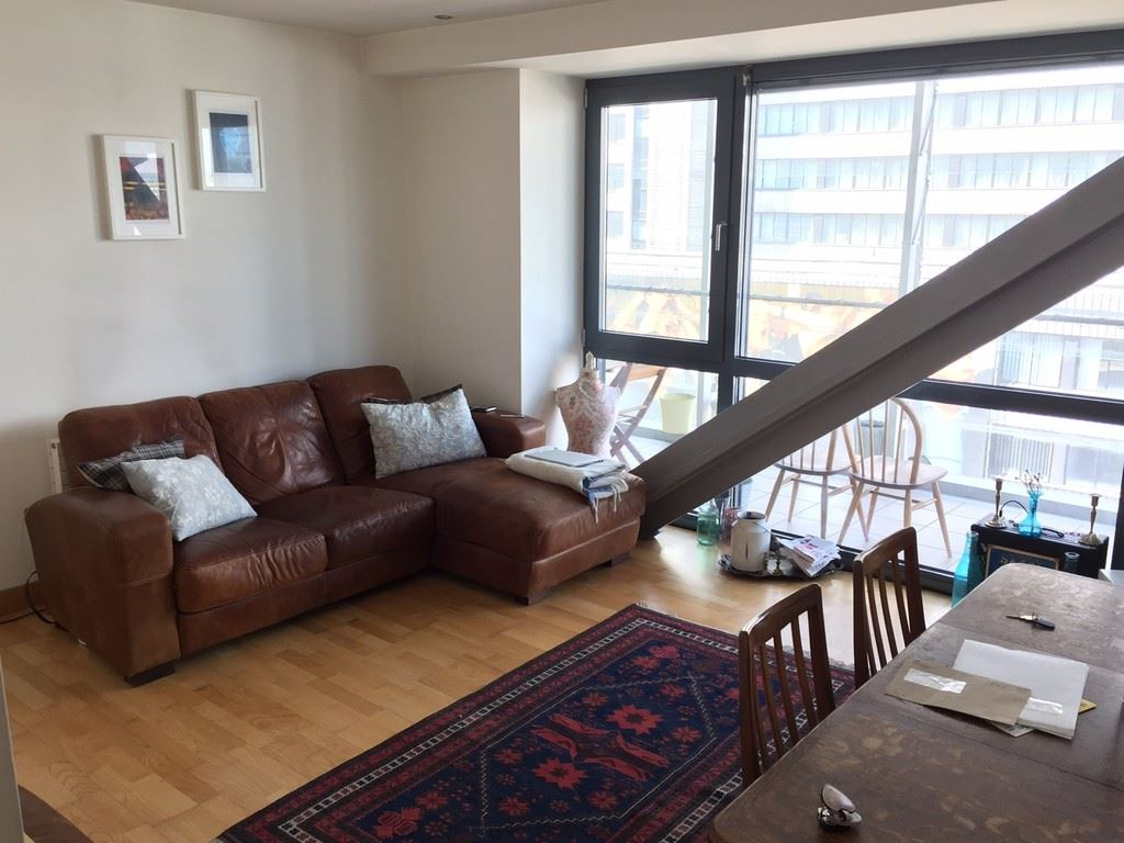 Deansgate No 1, Manchester - 2 Bed - Apartment