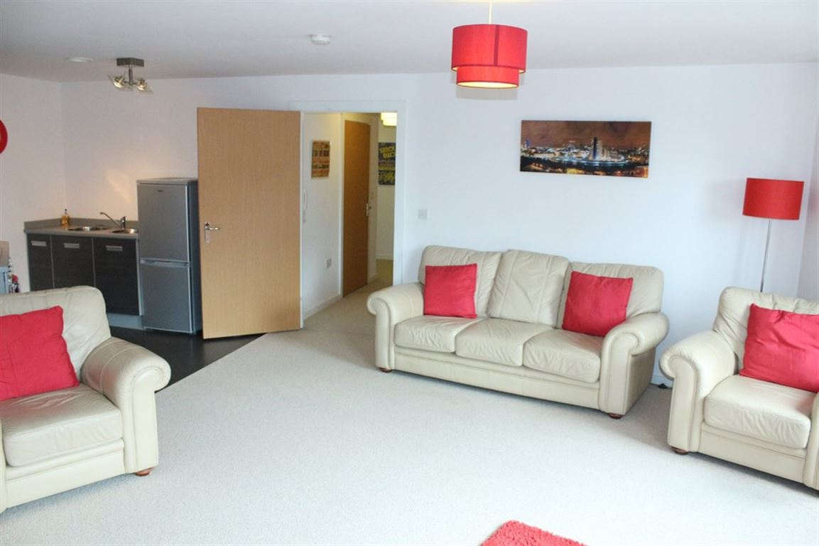 City Gate 3, Manchester - 2 Bed - Apartment
