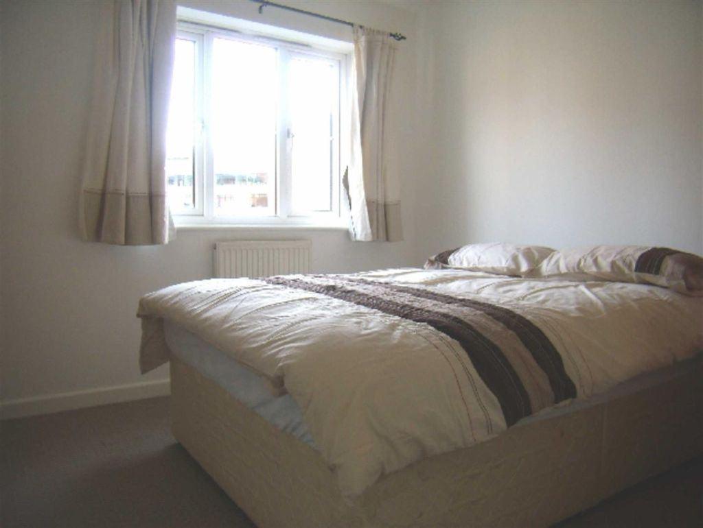 Labrador Quay, Salford - 2 Bed - Apartment