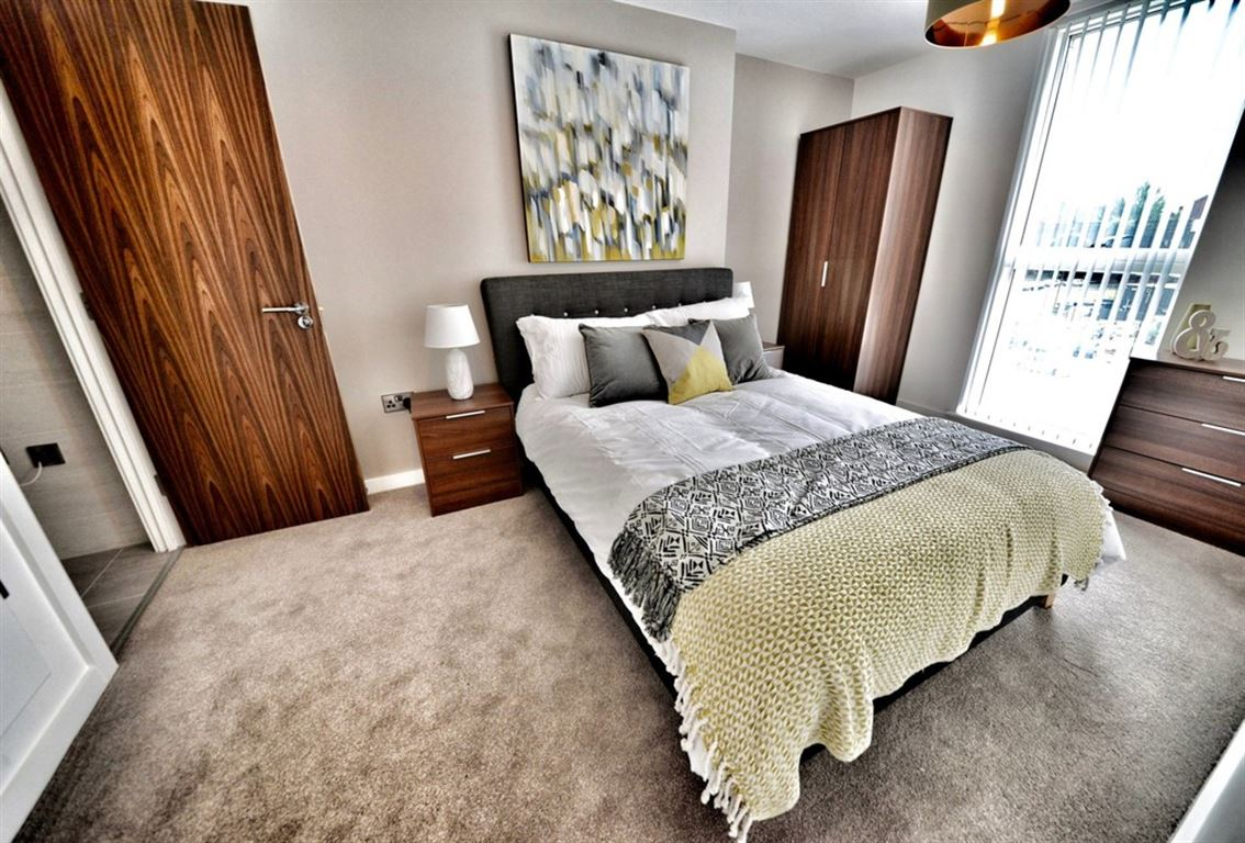 Water Street, Manchester - 3 Bed - Apartment