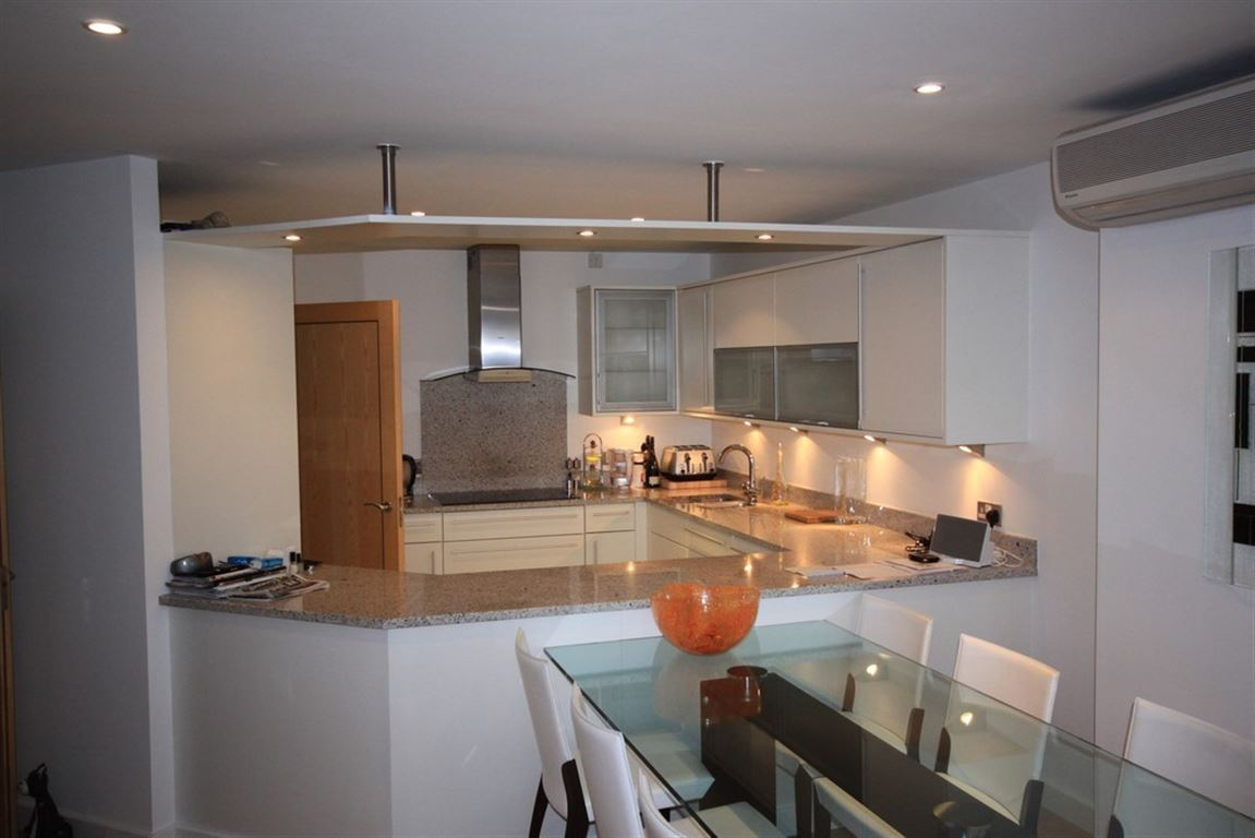 Sovereign Point, 31 The Quays - 2 Bed - Penthouse