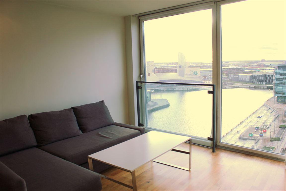 City Lofts, Salford Quays - 1 Bed - Apartment
