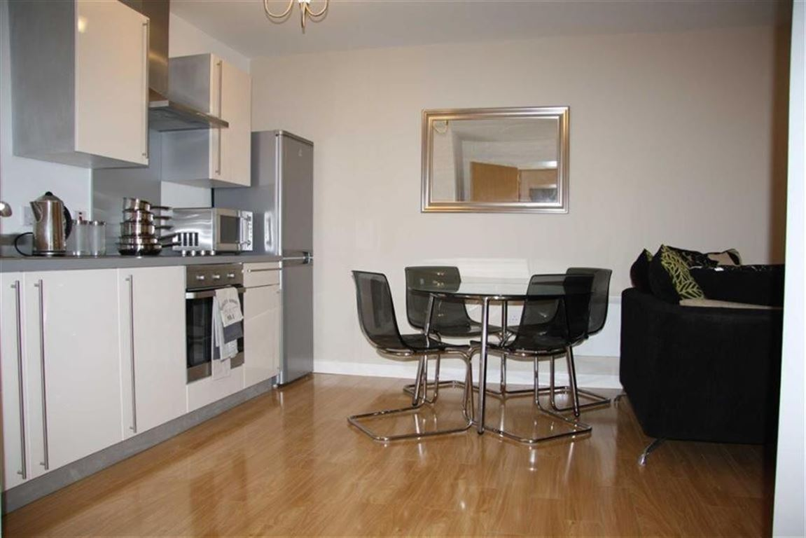 Irwell Building, Salford - 2 Bed - Apartment