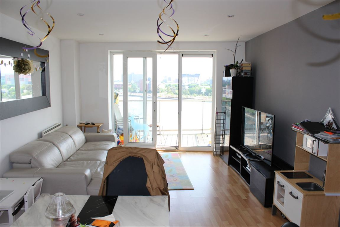 Sovereign Point, Salford - 2 Bed - Apartment