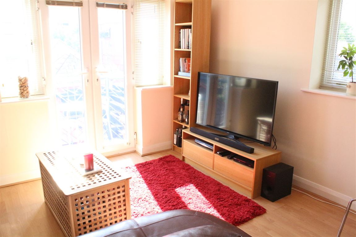 Vancouver Quay, Salford Quays - 2 Bed - Apartment