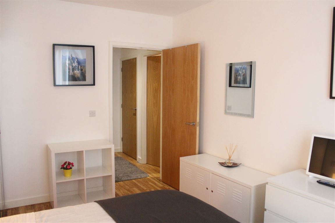 X1 The Exchange, Salford - 1 Bed - Apartment