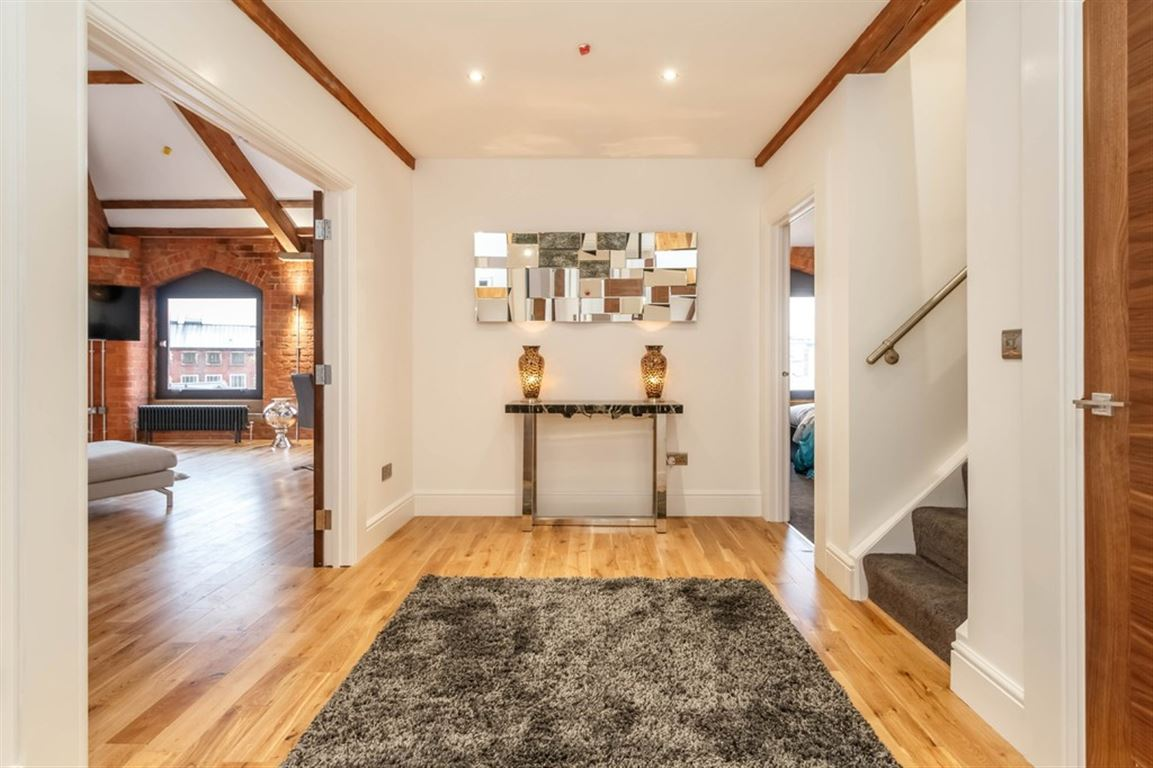 Globe House, Manchester - 1 Bed - Apartment