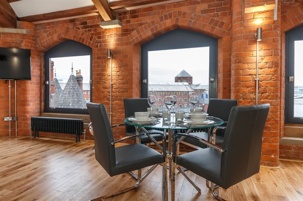 Globe House, Manchester - 3 Bed - Apartment