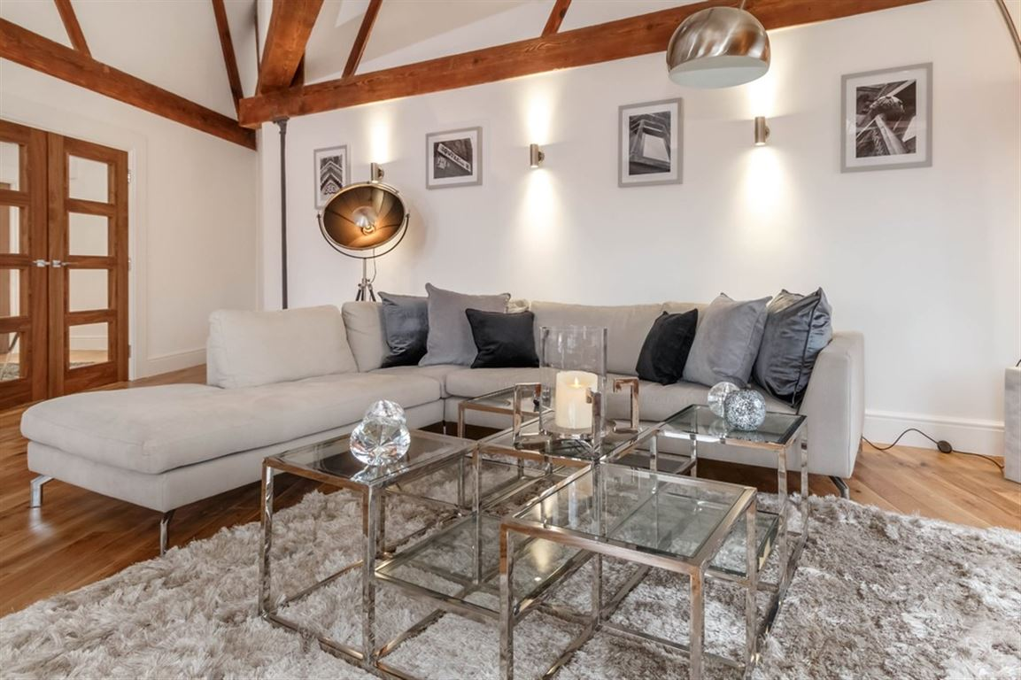 Globe House, Manchester - 4 Bed - Apartment