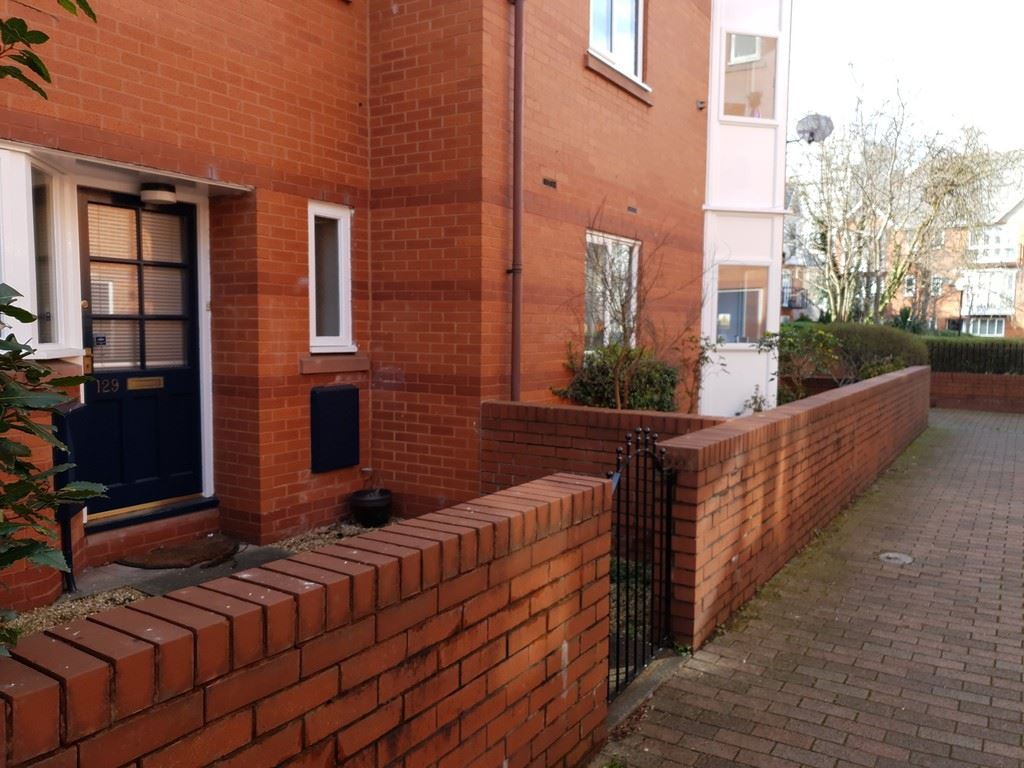 Vancouver Quay, Salford Quays - 2 Bed - Town House