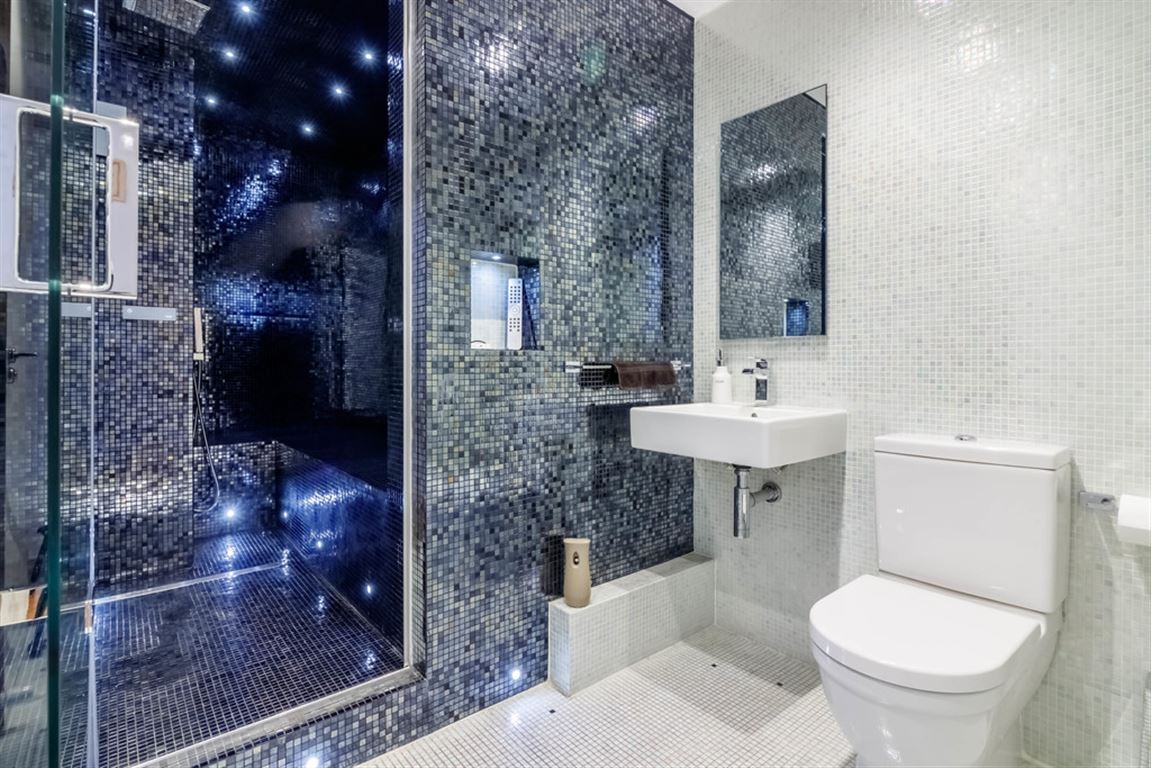 10 Canal Street, Manchester - 2 Bed - Penthouse