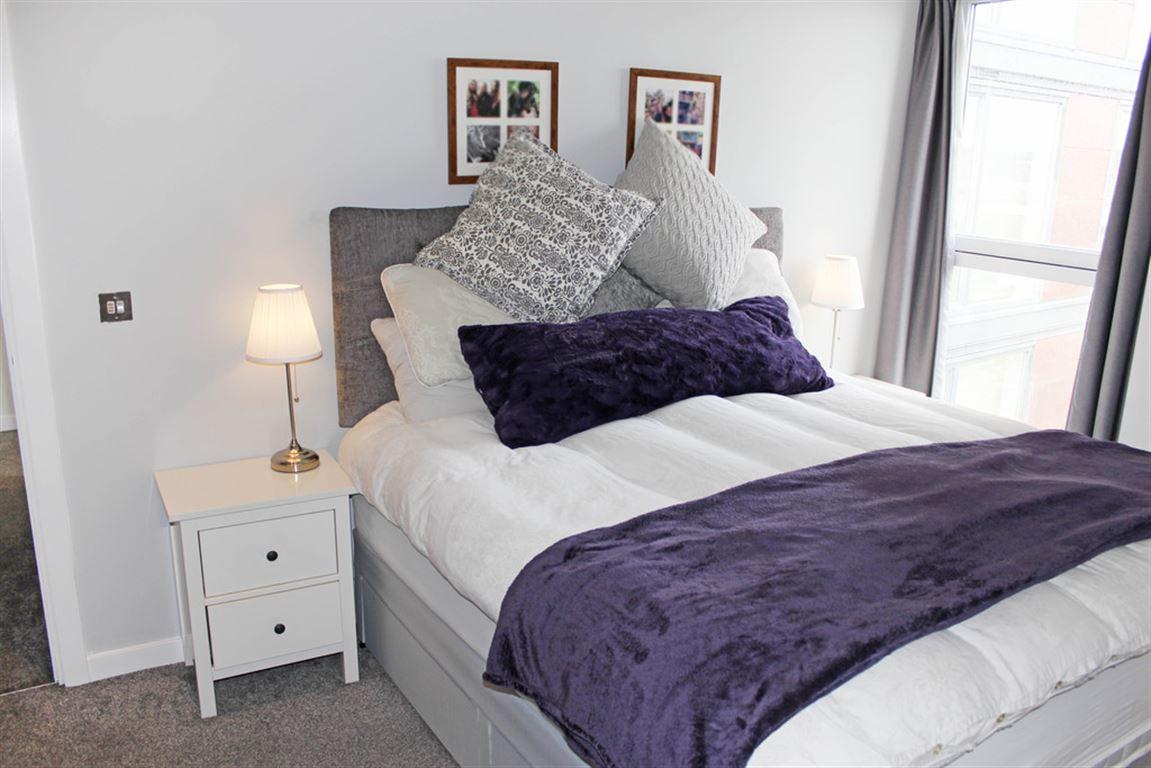 City Lofts, Salford Quays - 2 Bed - Apartment