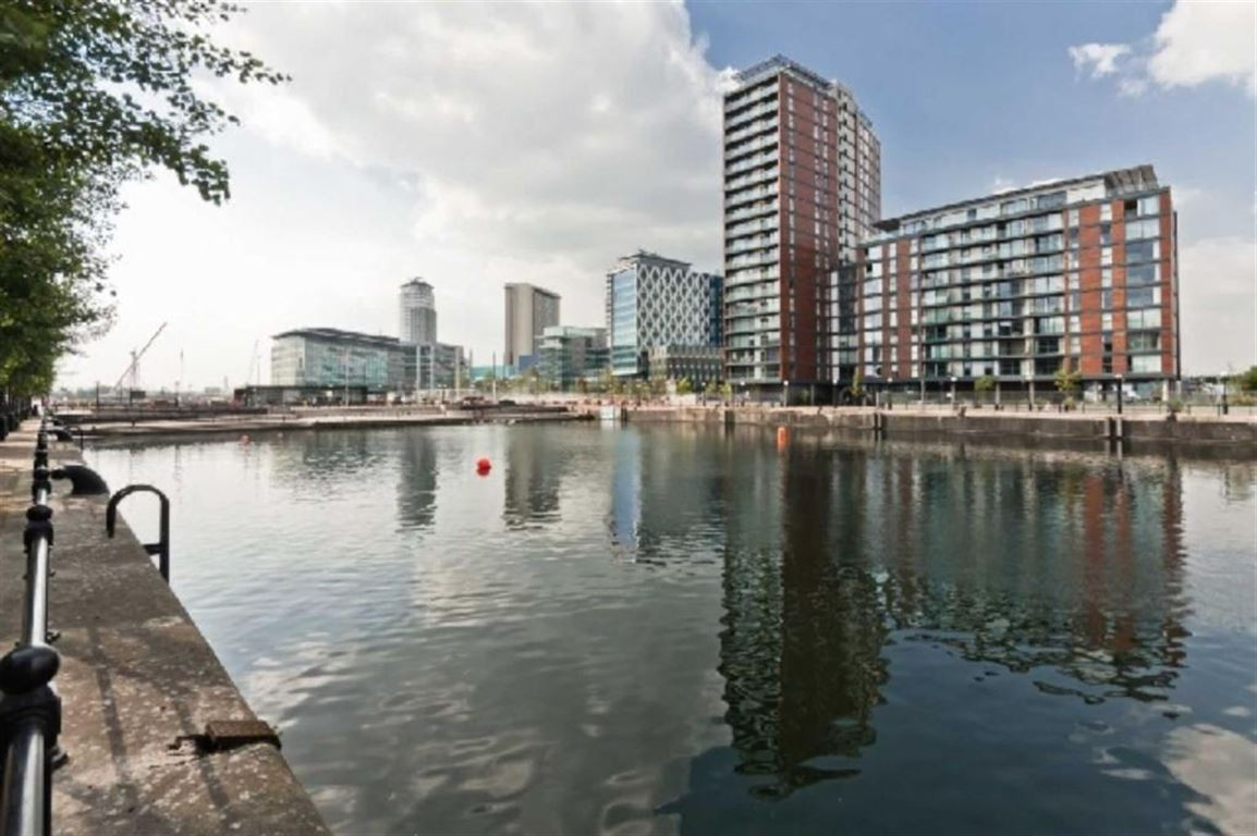 Salford Quays-manchester/Vancouver Quay-manchester/28567216