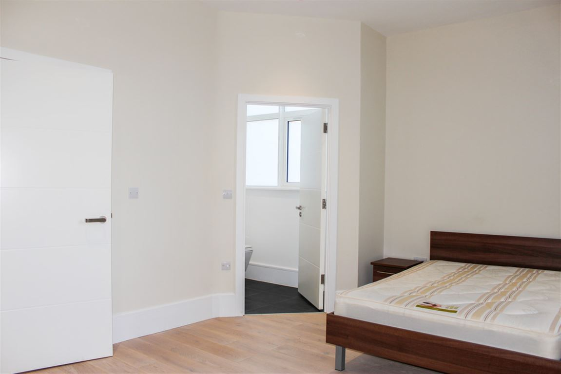 The Dock Office, Salford Quays - 2 Bed - Apartment