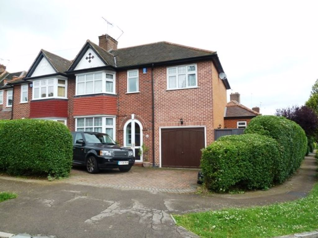 Rokeby Gardens, Woodford Green, IG8