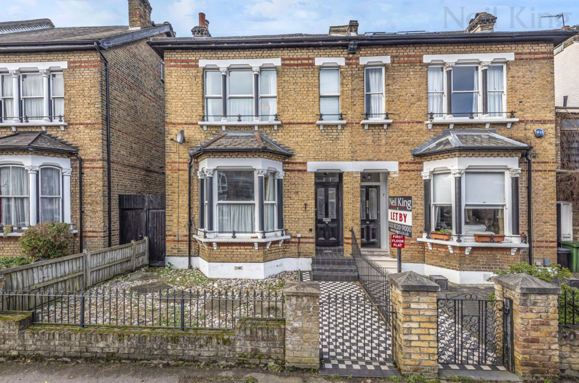 Cleveland Road, South Woodford, E18